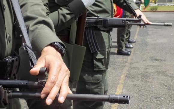 Emboscada del ELN deja un soldado muerto y dos heridos