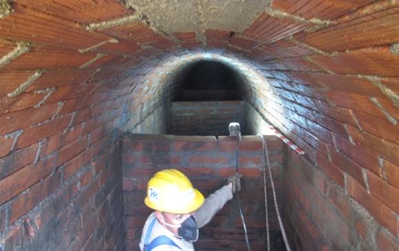 Un tanque desarenador de agua potable, fue hallado en Itagüí. Una acequia, en Envigado. FOTOS Cortesía