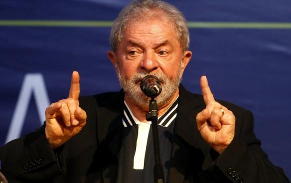 """Luiz Inácio Lula da Silva publicará un libro que lleva por titulo: """"La verdad vencerá: el pueblo sabe por qué me condenan"""", en el que defenderá su inocencia. FOTO EFE"""