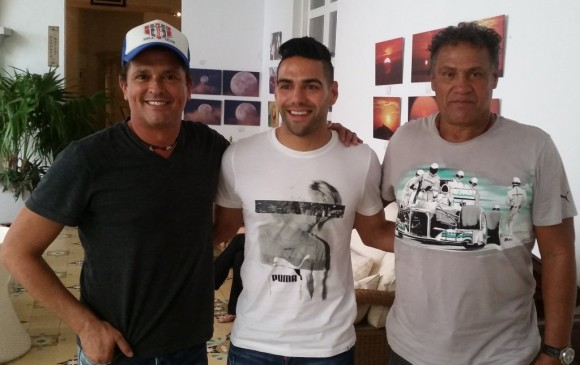 ¿Cuánto mide Carlos Vives? - Real height Image_content_26087213_20160524104721