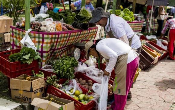 La agricultura familiar provee a medell n el 75 de los for Habitacion familiar medellin