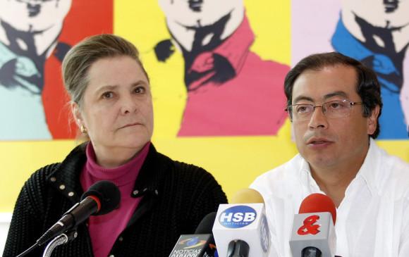 Clara López y Gustavo Petro. FOTO COLPRENSA
