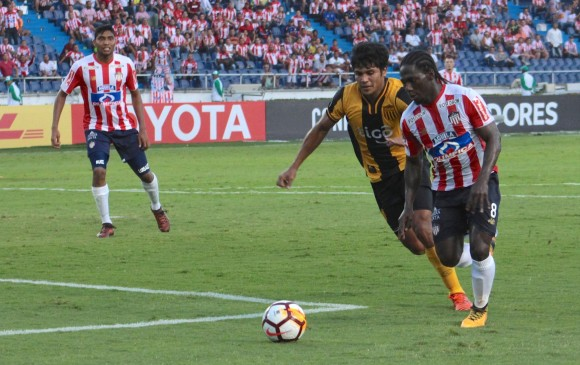 Junior de Barranquilla, por una buena ventaja ante Guaraní en Copa Libertadores