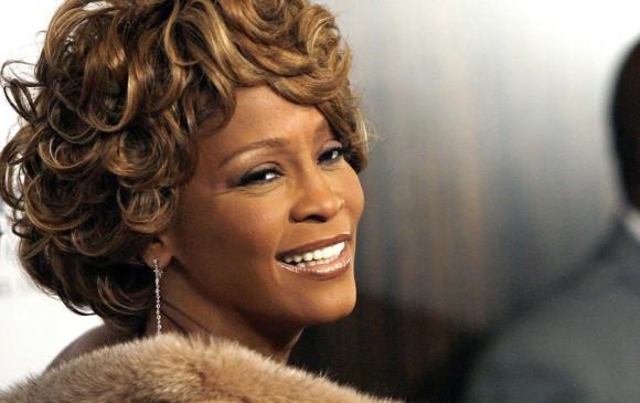 Whitney Houston en la fiesta previa a los Grammy en Beverly Hills, California, en 2007. FOTO: REUTERS/Mario Anzuoni