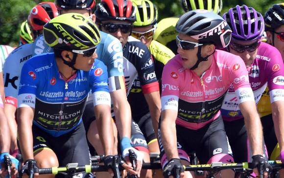 Chaves (azul) dice que luchará para defender a Yates (derecha). Ambos, con triunfo de etapa, dominaron la primera semana. FOTO EFE