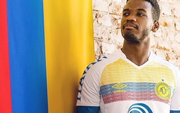 Chapecoense y una camiseta en honor a Colombia — Para llorar