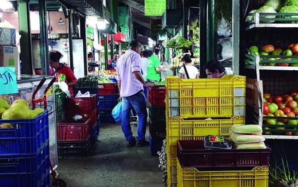 Tranquilidad Para Los Comerciantes: Recorrido Por La Mayorista, Mercado Tradicional