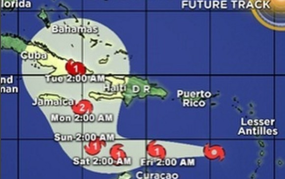 Matthew ya es categoría 4; amenaza Cuba y Haití