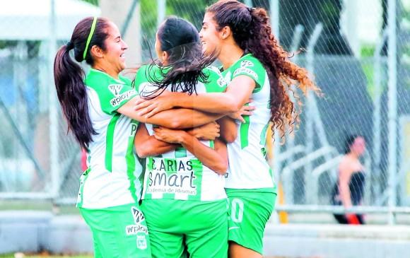 Jugadores del verde celebran clasificación