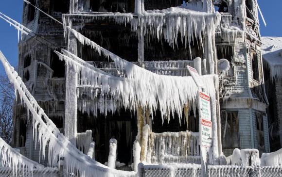 Rusia y Estados Unidos han sufrido las más bajas temperaturas en décadas. Se espera que durante esta semana el fenómeno mengue un poco.