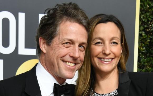 El actor Hugh Grant, el eterno soltero, se casará a finales de este mes de mayo, con Anna Eberstein. Foto AFP