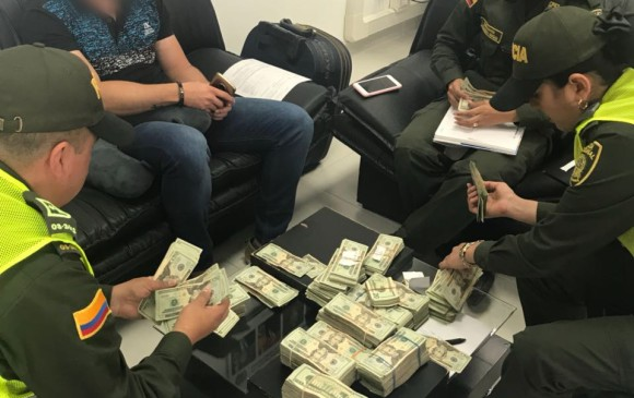 En Rionegro, capturan a hombre procedente de México con 100 mil dólares