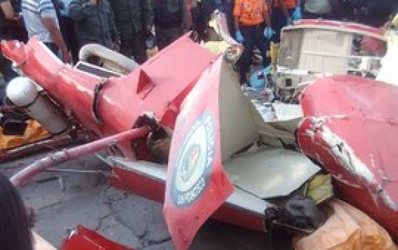 Dos muertos al estrellarse helicóptero en Maracaibo