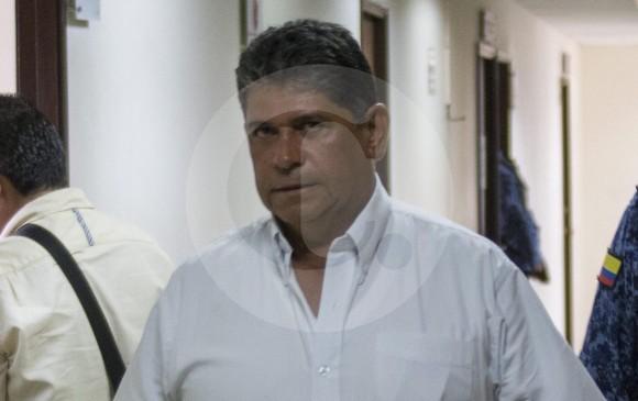 Juez deja en libertad a César Suárez Mira, investigado alcalde de Bello