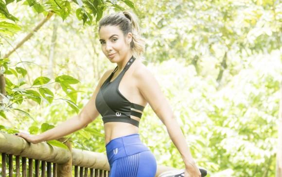 La presentadora de Telemedellín enfrenta el reto diario de presentar noticias y conducir su propio programa de vida saludable. FOTO Mario Valencia