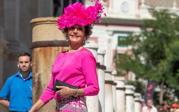 Nati Abascal, socialité española y ex modelo de moda, al llegar a la catedral. FOTO Efe (Raúl Caro)