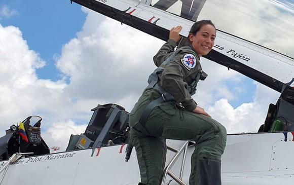 Paracaidistas se robaron el show en el cierre de la Feria Aeronáutica