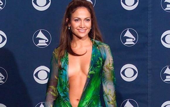Foto de Jennifer López en los Grammy del año 2000. FOTO: archivo