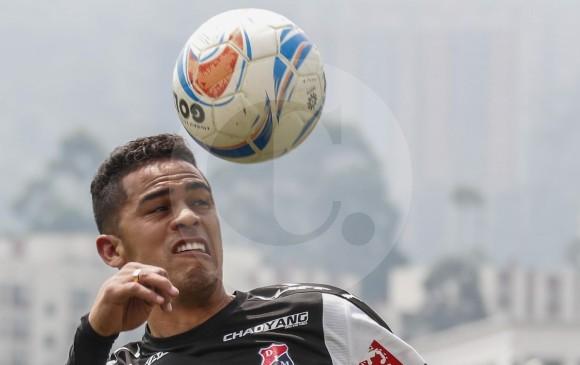 Yulián Anchico, defensa del DIM. El rival, Once Caldas, viene de empatar 2-2 con Chicó y tiene 13 puntos. FOTO Robinson Sáenz
