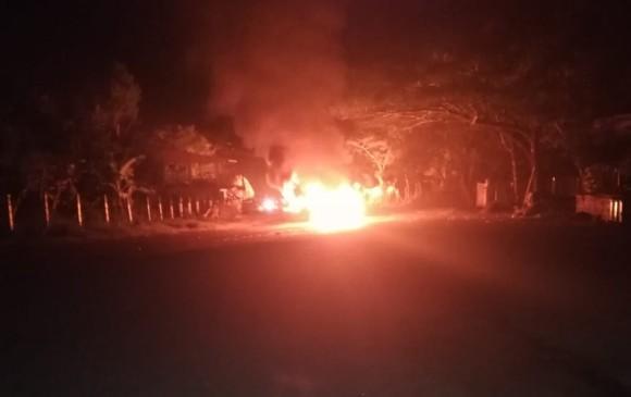 Carro bomba explota y mata a 5 en Colombia (VIDEOS)