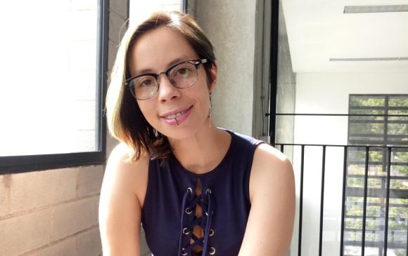 Yenny León es poeta de Medellín. Autora de <i>Entre árboles y piedras </i>y <i>Tríptico en Guayaquil, Ecuador.</i> Ha participado en festivales de poesía. Foto Cortesía de la autora.