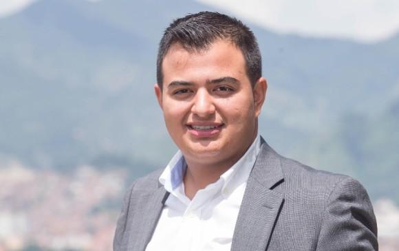 Alcalde de Medellín presenta cambios de su gabinete