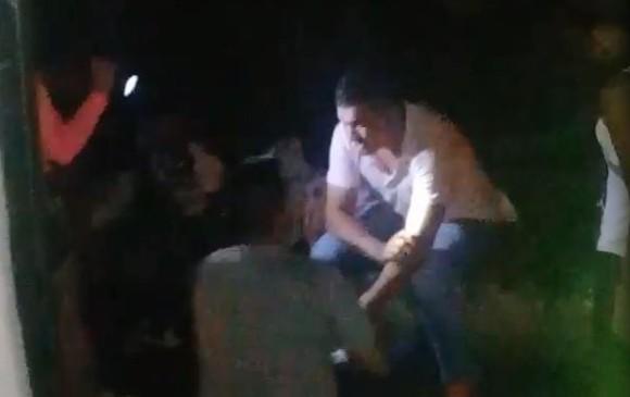 Otros lesionados fueron atendidos por ambulancias de la concesión Hatovial. CORTESÍA GUARDIANES DE ANTIOQUIA