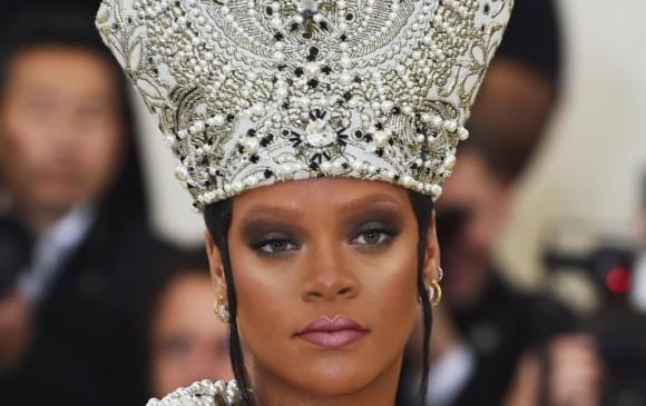 Rihanna - Jhon Galliano para margiela