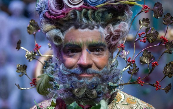 Eugenio Derbez hace el papel de Hawthorne. Este maquillaje si es más elaborado. FOTO Cortesía Laurie Sparham/Disney Enterprises