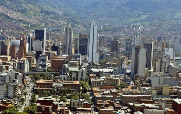 Asi es colombia live mujeres con tetas grandes - 1 part 9