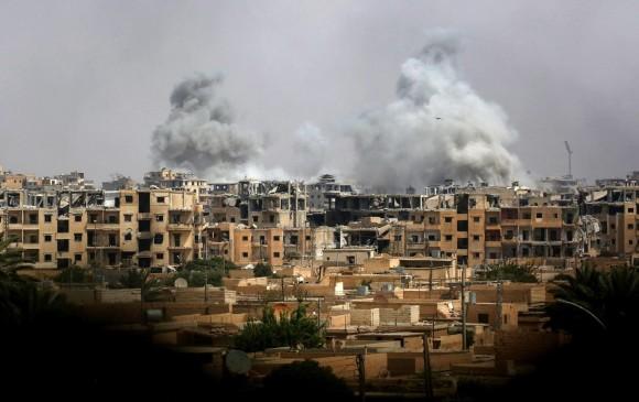 Cazas israelíes bombardean un centro científico sirio en Hama