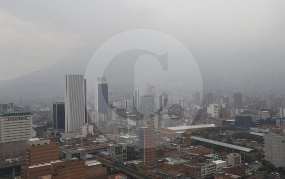 Declaran alerta roja en Medellín ante contaminación ambiental
