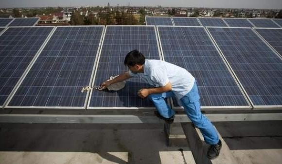 La condición para la conversión hacia economías verdes es que se limite el aumento global de la temperatura al 2 %. FOTO EFE