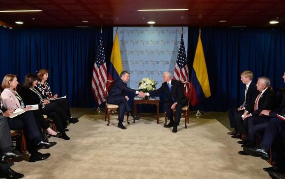 En la VIII Cumbre de las Américas, en Perú, el presidente Juan Manuel Santos tuvo un encuentro bilateral con el vicepresidente de EE. UU., Mike Pence. Foto: Cortesía Presidencia.