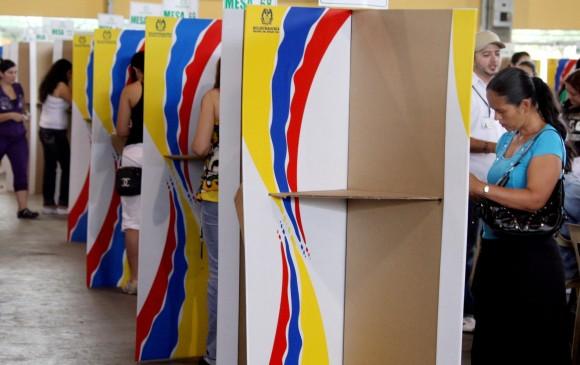 De acuerdo con el CNE, es obligatorio publicar la ficha técnica de las encuestas que miden el pulso para las presidenciales. Foto: Juan Antonio Sánchez