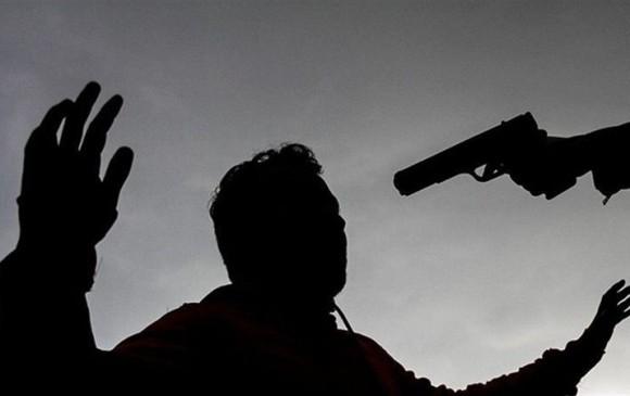 Asesinan a dirigente social ya su hija de ocho años — Colombia