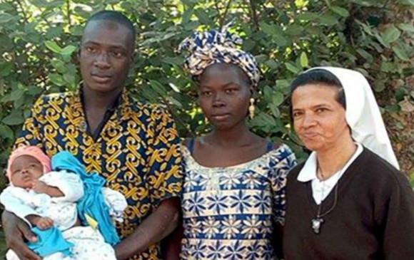 Monja colombiana secuestrada en Malí está enferma