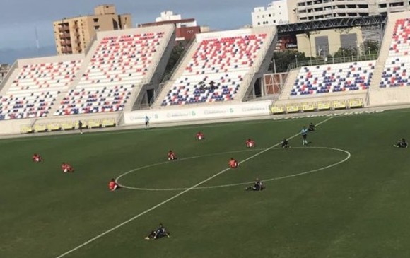 Siguen las protestas de los futbolistas ante la Dimayor
