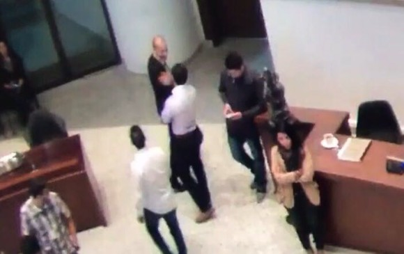 Concejal Santiago Jaramillo agredió físicamente a periodista de Telemedellín