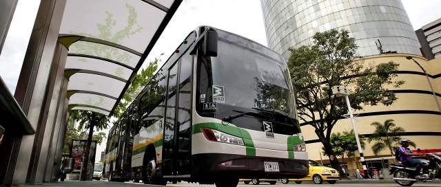 Buses de metropl s ya recorren los 5 5 km de la avenida for Oficina de extranjeria avenida de los poblados