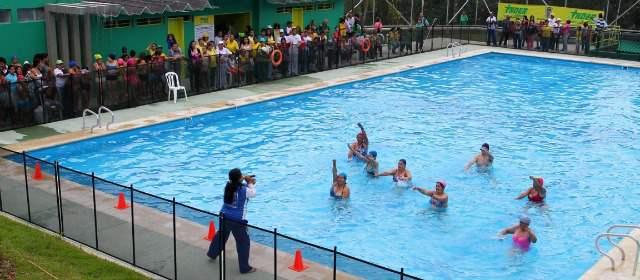 Hasta el 10 de enero estar n cerradas las piscinas for Piscina de san blas