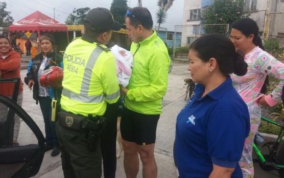 Bucaramanga: Policía atendió parto en la vía Cúcuta