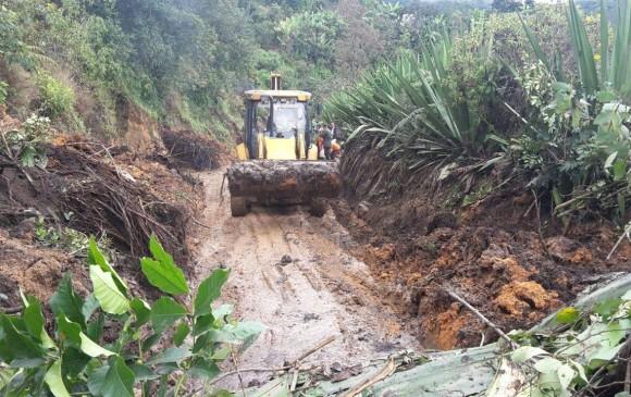 Seis personas muertas por deslave de lodo en mina de Colombia