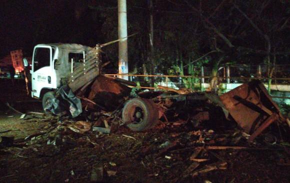 Cochebomba deja 3 muertos y más de 10 heridos — Colombia