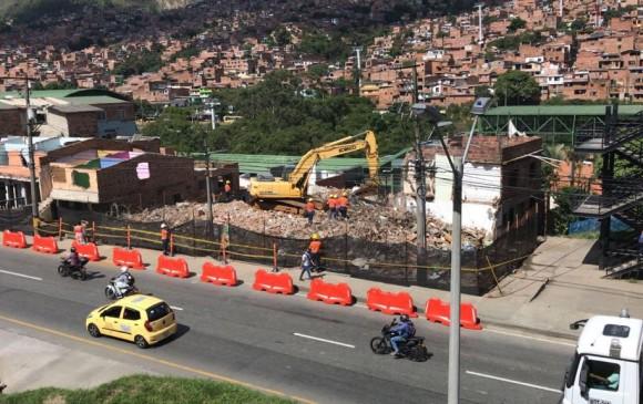 En la estación Acevedo avanzan los trabajos de demolición para el cable. FOTO ALCALDÍA DE MEDELLÍN
