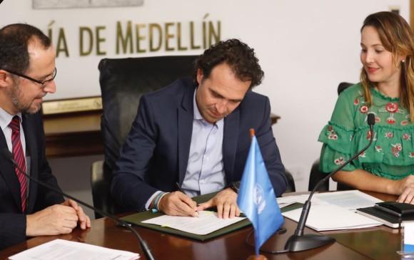Alcalde de Medellín pidió renuncia protocolaria a todo su gabinete