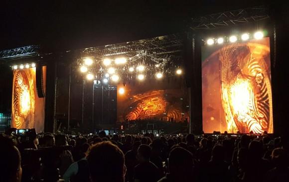 'Fantasma' interrumpe concierto de Guns N' Roses