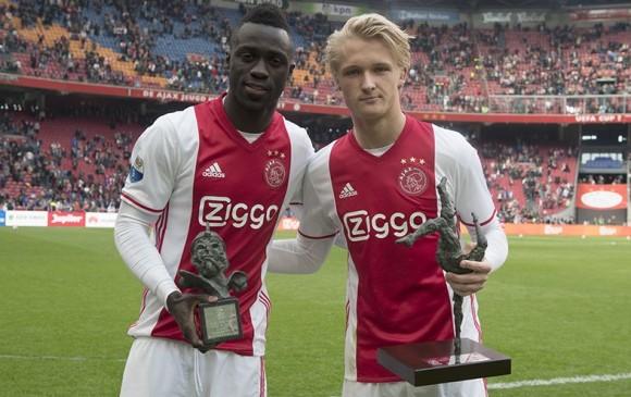 Dávinson, condecorado por el Ajax como el mejor de la temporada