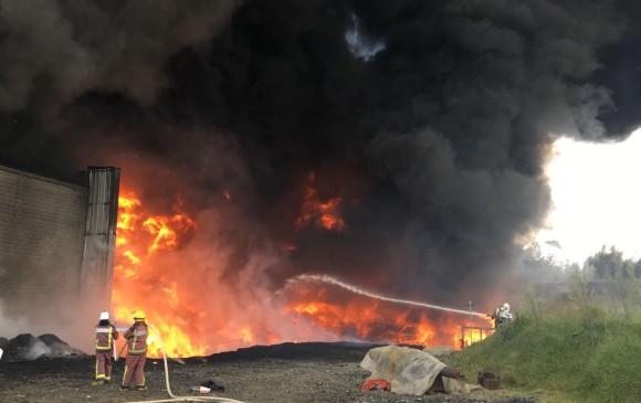 Se presentó un gran incendio en el Oriente antioqueño — Vídeo y fotos