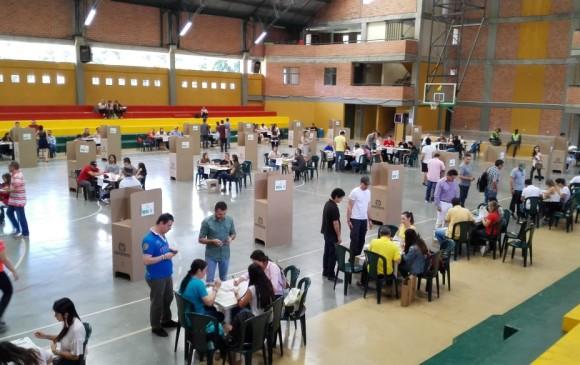Duque se impuso en los diez municipios del área metropolitana. FOTO ARCHIVO